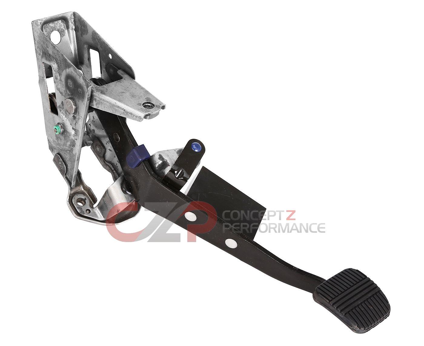 nissan infiniti nissan oem clutch pedal assembly w bracket 02 06