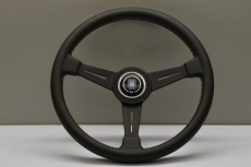 Nardi Classic Steering Wheel Black Leather w/ White Stitching & Black Spokes w/ Black Center Ring - 390mm
